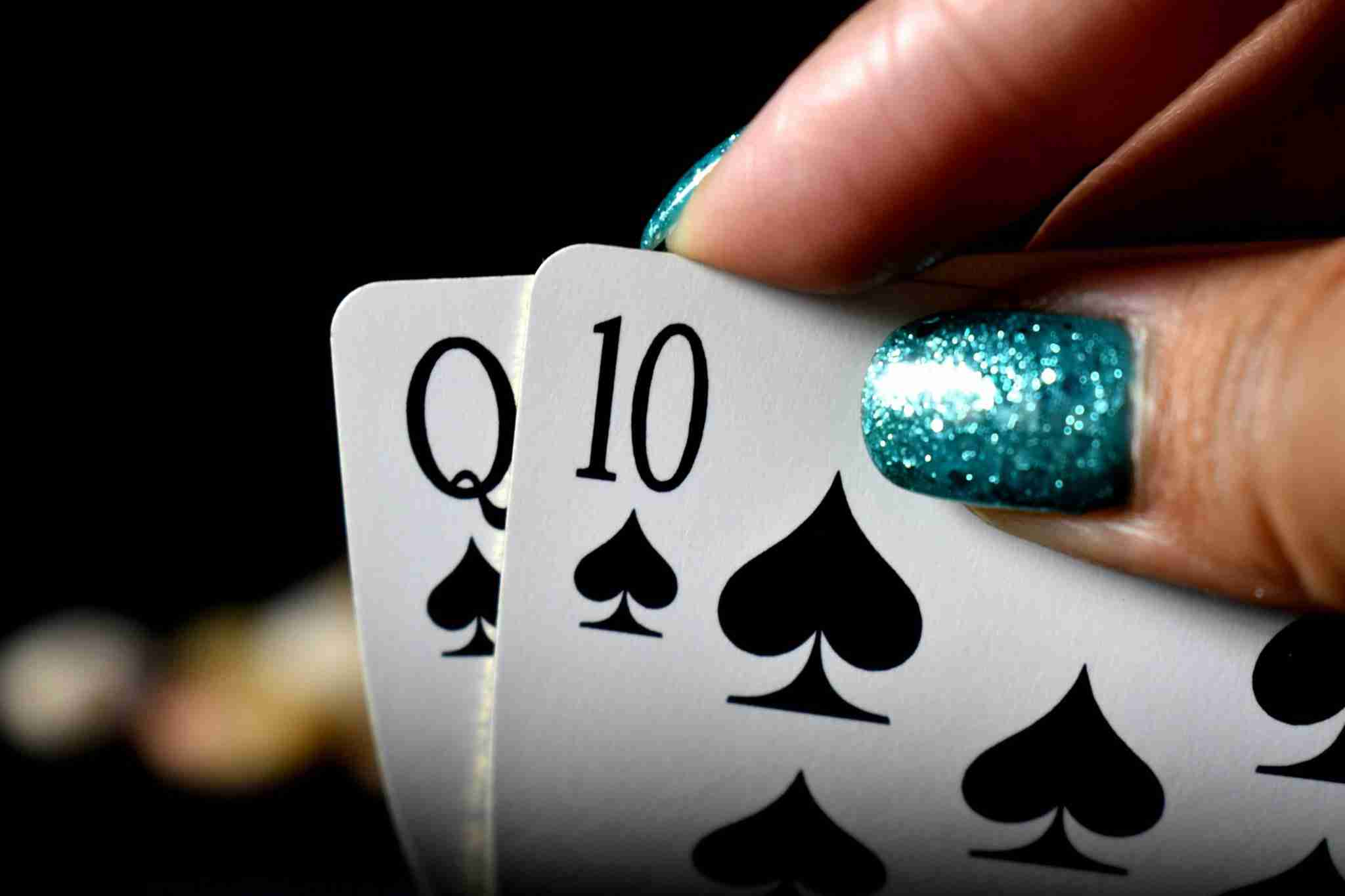 Playing Cards Queen and 10